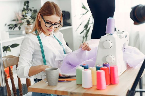 Costura Diseñadora de Modas